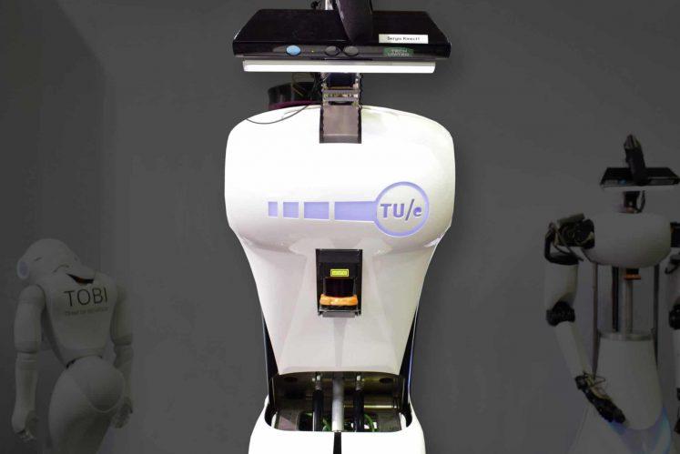 SKM Robot Sergio
